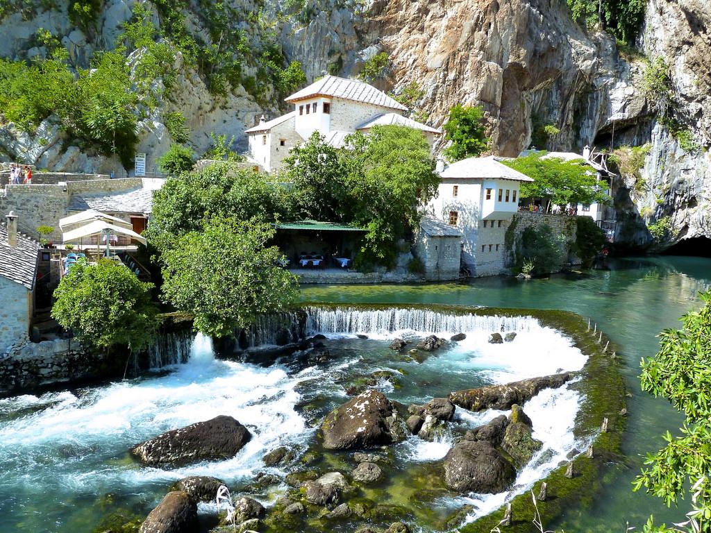BLAGAJ TEKIJA – Villa Divani